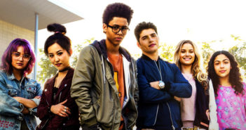 watch marvels runaways canada